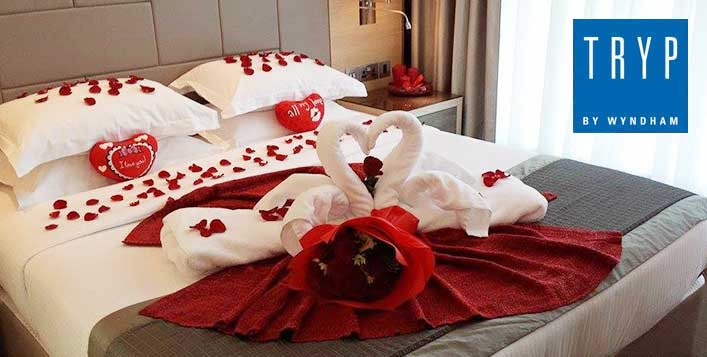 Romantic setup for 2 adults with breakfast