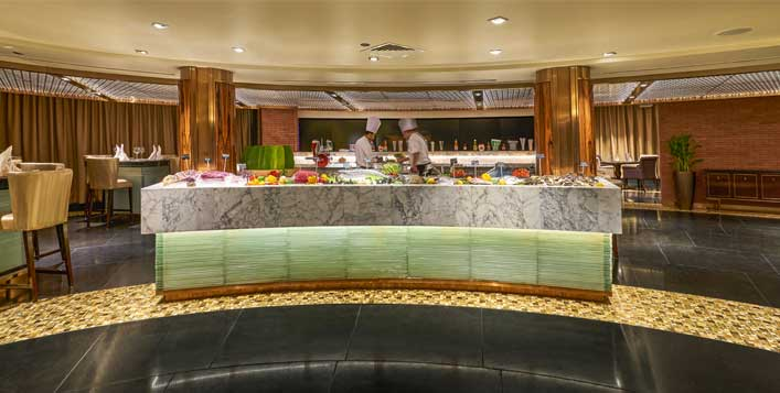For 1,2 or 4 people @ Millenium Airport Hotel