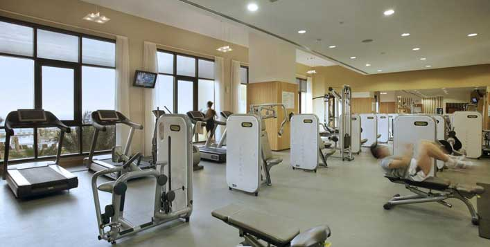 Be fit with Amwaj Rotana Hotel gym packages
