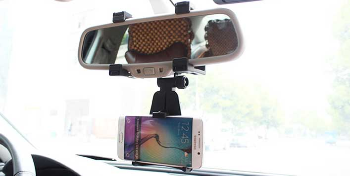 Easily Mountable Smartphone Holder