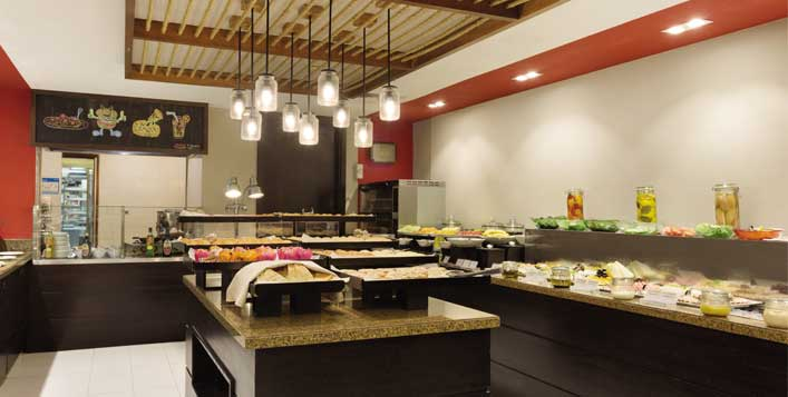 Family mealarea available for big groups