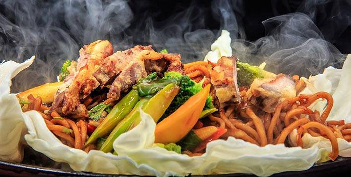 Enjoy Chinese, Filipino and Thai dishes